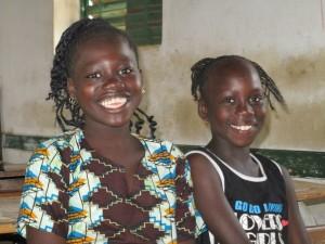 Deux filleules du village de Mar Fafako